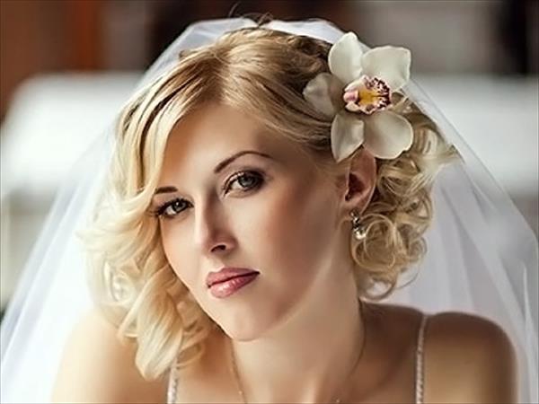 Прически с короткими волосами на свадьбу (фото коллекция)