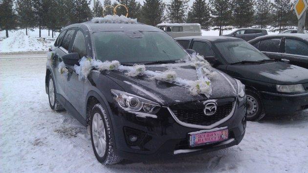 Украшение на авто на свадьбу, прокат в Тюмени