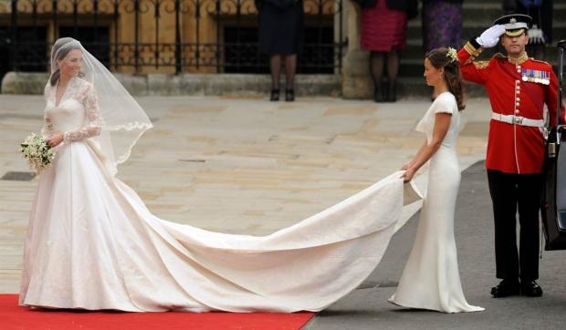 свадебное платье со шлейфом Кейт Мидлтон