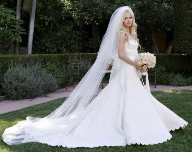 шикарное пышное свадебное платье Аврил Лавин