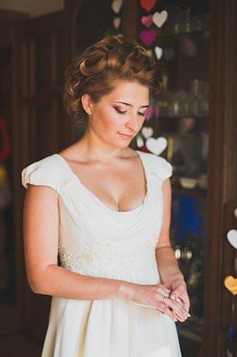 Свадебное платье, силуэта ампир, цвет белый