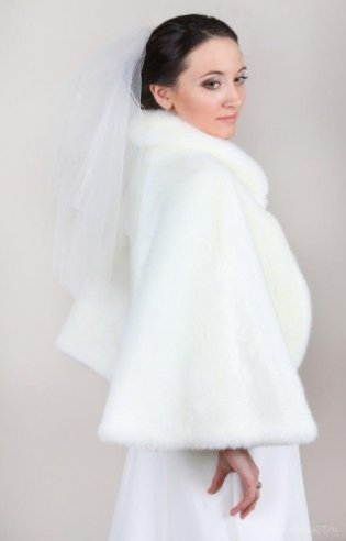 Продажа и аренда свадебных шубок и накидок в Тюмени