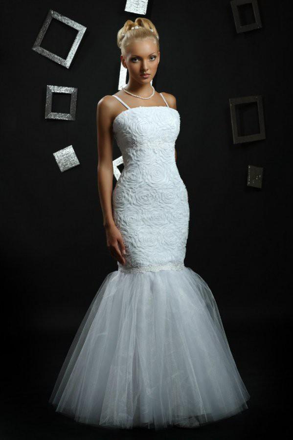Свадебное платье (цвет белый)