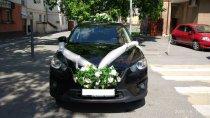 машина в аренду на свадьбу в тюмени (белый цвет украшений)